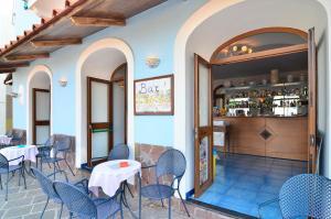 Hotel Terme Marina, Szállodák  Ischia - big - 43
