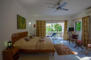 Le Tropique Villa, Holiday homes  Grand'Anse Praslin - big - 16