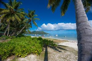 Le Tropique Villa, Holiday homes  Grand'Anse Praslin - big - 14
