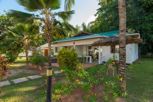 Le Tropique Villa, Holiday homes  Grand'Anse Praslin - big - 9