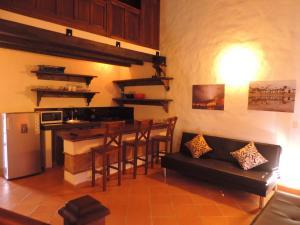 Aparta Suites