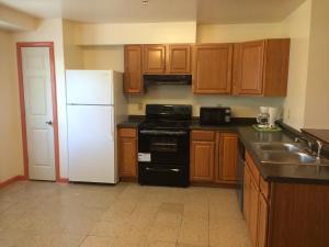 3-Bedroom Townhouse Suite