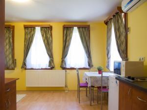 Aqua Apartman, Apartmány  Gyula - big - 59