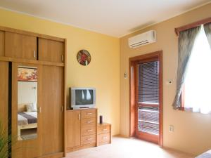 Aqua Apartman, Apartmány  Gyula - big - 17