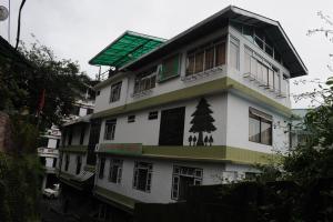 Juniper Tree Hotel, Отели  Гангток - big - 1