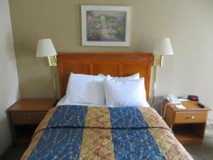 Double Room with Two Double Beds - Non Smoking