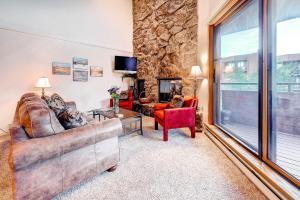Two-Bedroom Marina Place Condo with Loft, Ferienwohnungen  Dillon - big - 20