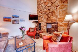 Two-Bedroom Marina Place Condo with Loft, Ferienwohnungen  Dillon - big - 3