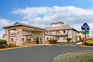 Days Inn and Suites Toppenish