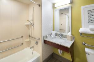 Hilton Garden Inn Orange Beach, Отели  Галф-Шорс - big - 10