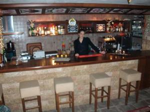 Hotel Dryalos, Hotel  Miléai - big - 5