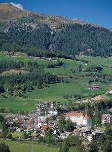 Alpin Hotel Gudrun, Hotels  Colle Isarco - big - 37