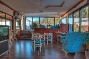 Hotel Adrović, Hotely  Sveti Stefan - big - 75