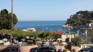 I colori di Taormina - Appartamento Arancione - AbcAlberghi.com