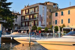 Ambra Hotel - AbcAlberghi.com