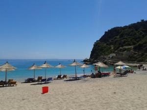 Magic Ionian Apartments & Rooms, Affittacamere  Himare - big - 71