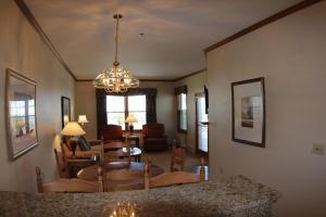 The Osthoff Resort (16 of 32)