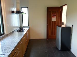 Mawat Villa, Дома для отпуска  Куах - big - 3