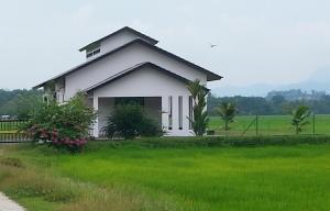 Mawat Villa, Дома для отпуска  Куах - big - 5