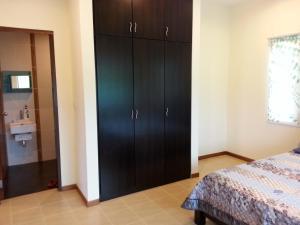 Mawat Villa, Дома для отпуска  Куах - big - 8
