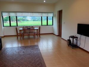 Mawat Villa, Дома для отпуска  Куах - big - 10