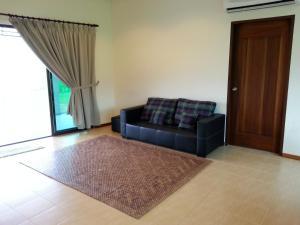 Mawat Villa, Дома для отпуска  Куах - big - 12