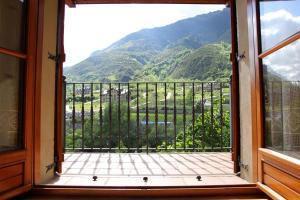 Apartamentos Los Tilos, Apartmanok  Benasque - big - 7