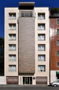 BB Hotels Aparthotel Bicocca - AbcAlberghi.com