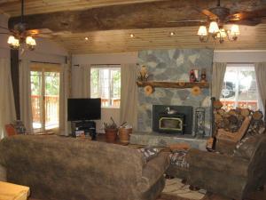 Manzanita Cabin - Bass Lake, Dovolenkové domy  Oakhurst - big - 10