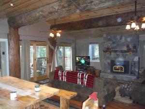 Manzanita Cabin - Bass Lake, Dovolenkové domy  Oakhurst - big - 11