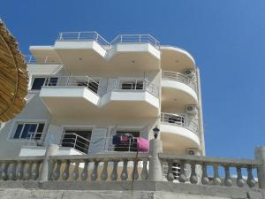 Magic Ionian Apartments & Rooms, Affittacamere  Himare - big - 45