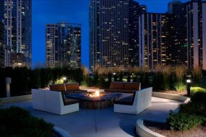 Radisson Blu Aqua Hotel, Chicago (6 of 35)