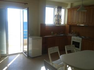 Magic Ionian Apartments & Rooms, Affittacamere  Himare - big - 6