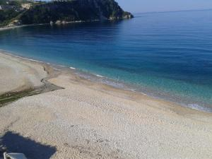 Magic Ionian Apartments & Rooms, Affittacamere  Himare - big - 76
