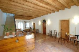 Agriturismo La Sophora, Appartamenti  Montegaldella - big - 52