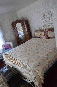GlenMorey Country House, Bed and breakfasts  Placerville - big - 2