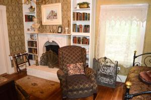 GlenMorey Country House, Bed and breakfasts  Placerville - big - 11