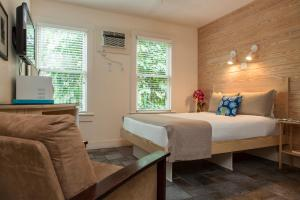 Deluxe Room - Adults Only