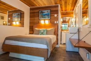 Small Deluxe Room - Adults Only