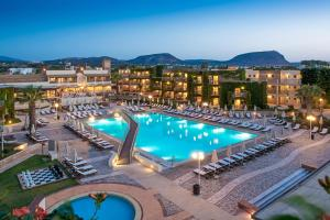 Bella Beach Hotel, Rezorty  Hersonissos - big - 1