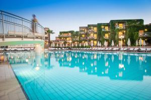Bella Beach Hotel, Rezorty  Hersonissos - big - 43