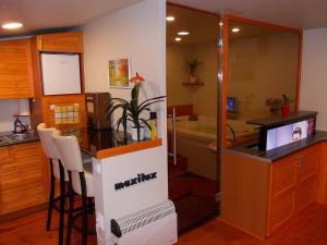 Maxilux Studio