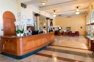 Hôtel Le Royal Promenade des Anglais, Hotel  Nizza - big - 39