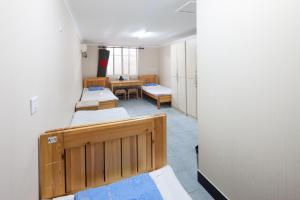 Bed in 3-Bed Mixed Dormitory Room(only foreigners)
