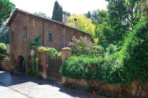 Etruscan Garden