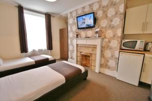 Central Hotel Cheltenham by Roomsbooked, Hotely  Cheltenham - big - 11