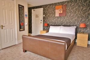 Central Hotel Cheltenham by Roomsbooked, Hotely  Cheltenham - big - 1