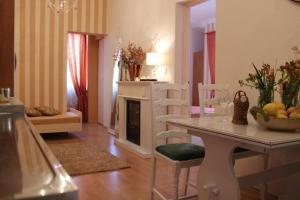 Villa Bougenvilia Tomas, Апартаменты  Тучепи - big - 28