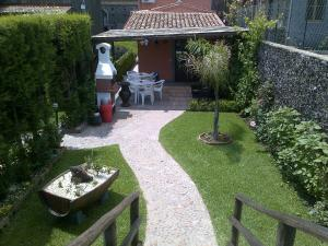 Etma, Bed & Breakfasts  Sant'Alfio - big - 76