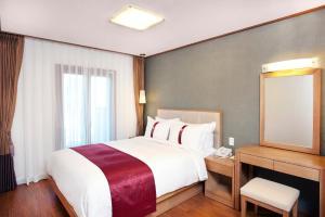 Holiday Inn & Suites Alpensia Pyeongchang Suites, Hotels  Pyeongchang  - big - 4